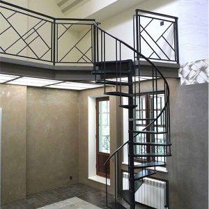 Лестница винтовая кованая ХК-ЛВ-1