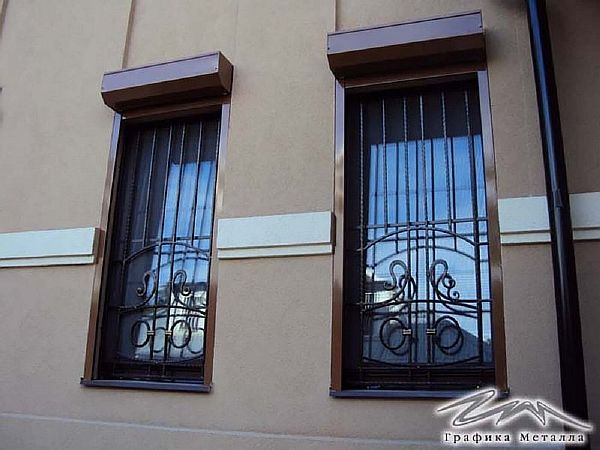 Решетка на окно кованая ХК-РО-17