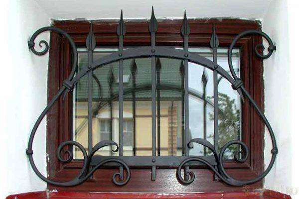 Решетка на окно кованая ХК-РО-28