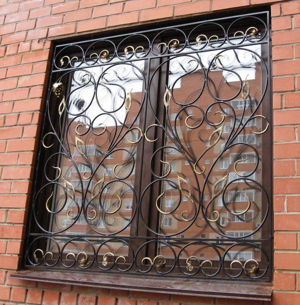 Решетка на окно кованая ХК-РО-29