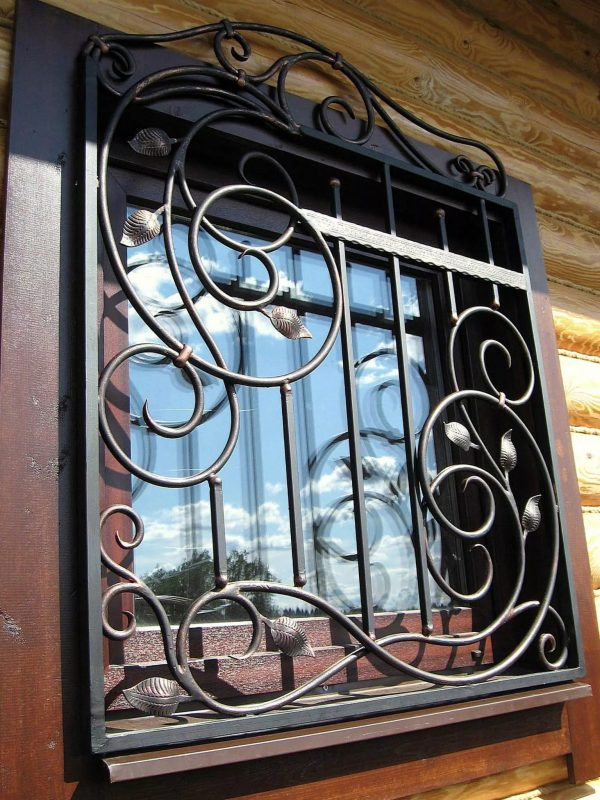 Решетка на окно кованая ХК-РО-39