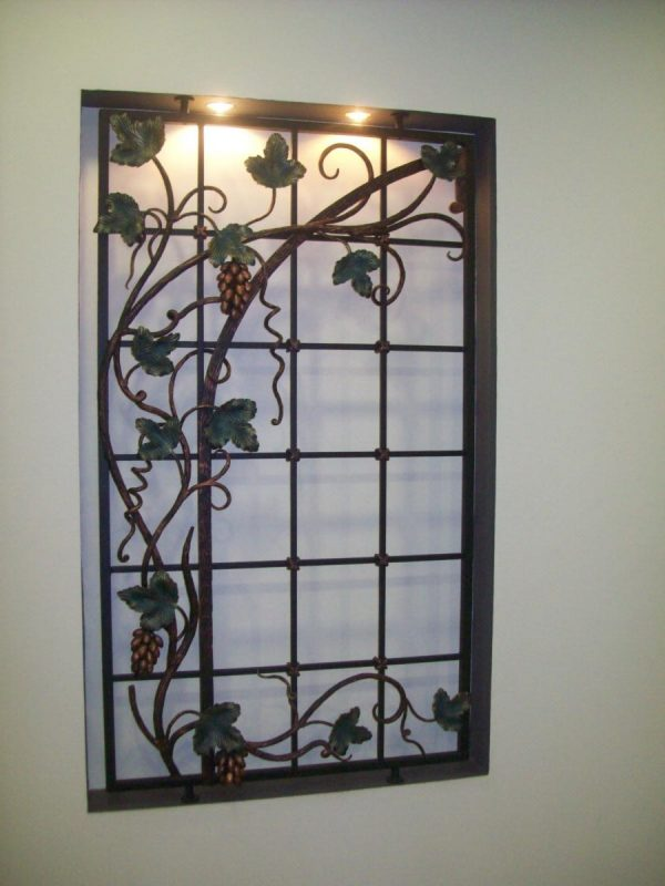 Решетка на окно кованая ХК-РО-42