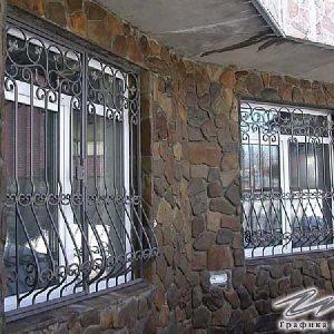 Решетка на окно кованая ХК-РО-5
